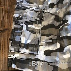 Men's Rock Revival Camouflage Cargo Shorts BKE Buckle Thick Stitch Jeans 30