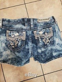 Rock Revival Stone Wash BETTY Jean Shorts 32 Thick Stitching Bling SEXY EUC