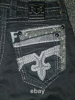 Rock revival shorts 33,34